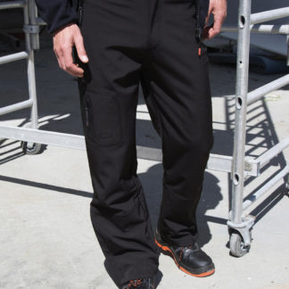 A_Byxor / Shorts med tryck PERFORMANCE SOFTSHELL TROUSERS