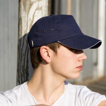 A_Kepsar med tryck PLUSH SANDWICH CAP